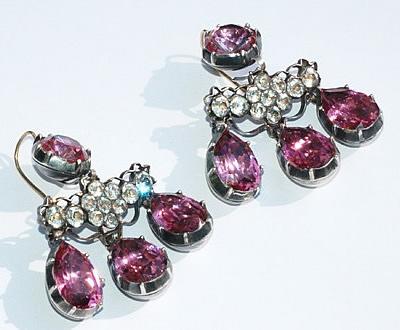 18世紀ピンクガラスイヤリング