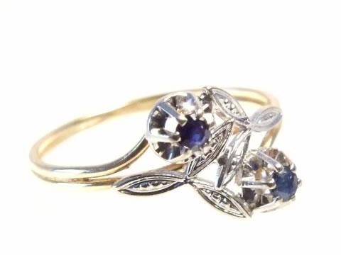 ブルーサファイヤアンティークリング(ダイヤモンド、トワエモワ)