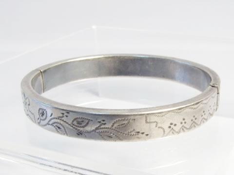 子供用アンティークバングル(銀細工、19世紀フランス)