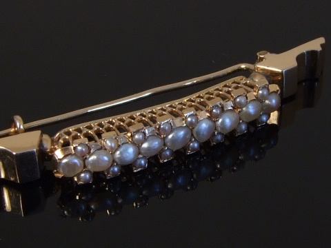 ハーフパールのアンティークブローチ(半円真珠、天然真珠)