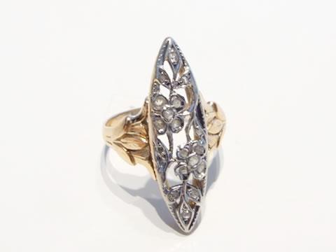 アールヌーボーマーキーズ指輪(ダイヤモンド、草花模様)