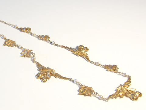 アールヌーヴォーゴールドネックレス(栗モチーフ、天然真珠)