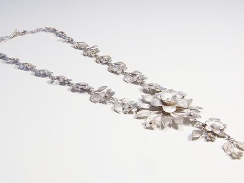 アンティークフィリグリーネックレス(銀細工、お花)