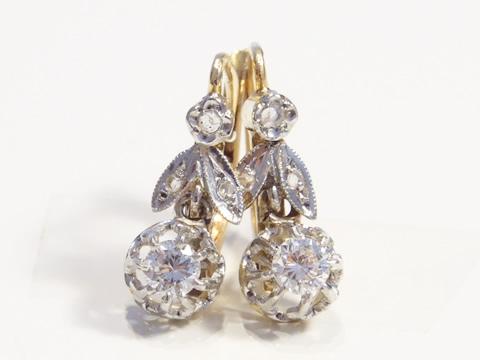 アンティークダイヤモンドピアス(オールドヨーロピアンカット、花と葉のモチーフ、ゴールド)