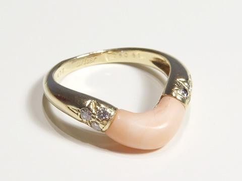 カルティエヴィンテージ指輪(珊瑚、ダイヤモンド、サイン入り)