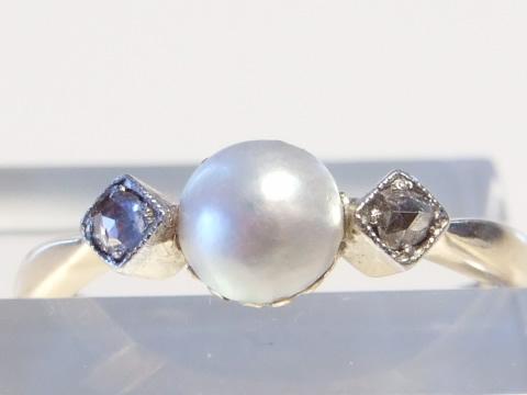 アンティークマベ真珠指輪(オフホワイト天然真珠、ダイヤモンド)