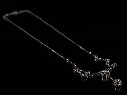 ダイヤモンドネックレス(クッションカット、ローズカット、18金ホワイトゴールド)
