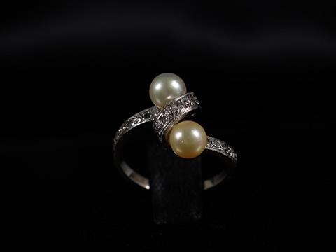 アールデコ2色の天然真珠指輪(オフホワイトとシャンパン、ダイヤモンド、18金ゴールド)