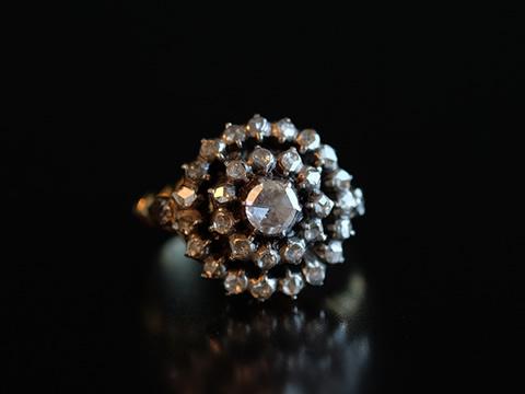 ダッチローズカット指輪(オランダ製、14金ゴールド)