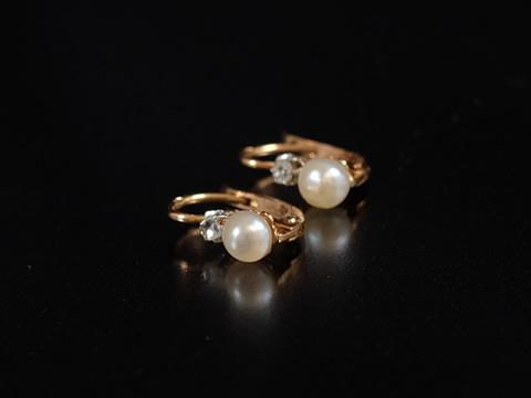 アンティーク天然真珠ピアス(パール、ダイヤモンド 18ktゴールド)