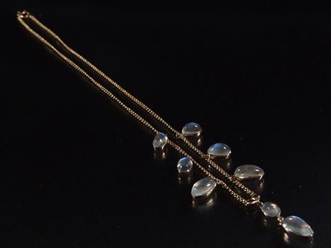 ムーンストーンのネックレス(1910年頃 イギリス 15金ゴールド)