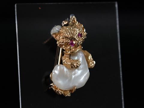 ヴィンテージ猫ブローチ(1950年代 ルビー バロック真珠)