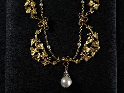 ガーランドゴールドネックレス ダイヤモンド