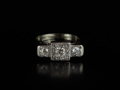 アールデコのプラチナダイヤモンドリング